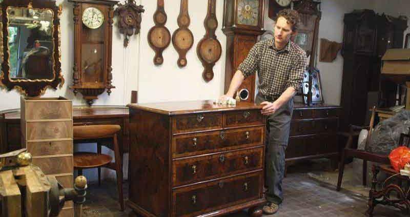 Acquisto mobili antichi a milano modernariato la madonnina for Acquisto mobili