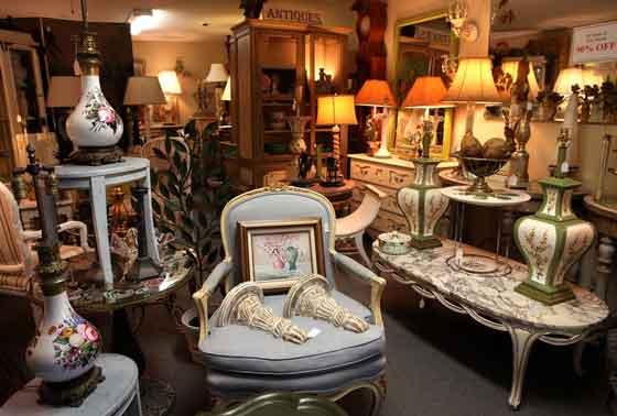 Acquisto mobili antichi milano modernariato la madonnina for Compravendita antiquariato